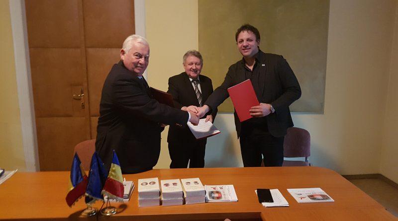 """Parteneriat între Biblioteca Județeană ,,Lucian Blaga"""" Alba și Academia Română – Filiala Timișoara semnat cu prilejul Zilei Culturii Naționale"""