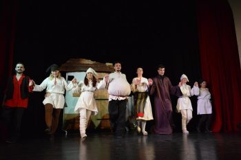 """Teatrul """"Prichindel"""" dă startul spectacolelor pentru copii"""