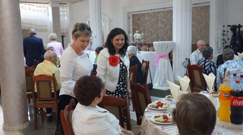 Aiud. Familiile care au împlinit 50 de ani de căsătorie, sărbătorite pentru a doua oară
