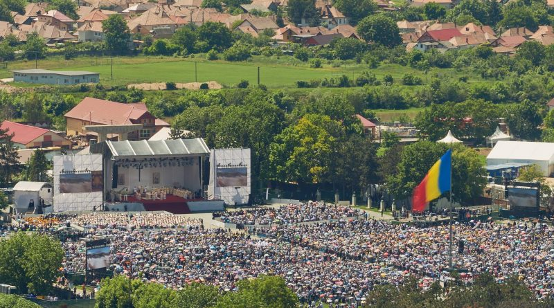 Vizita Papei Francisc la Blaj. Organizare reușită, cifre impresionante
