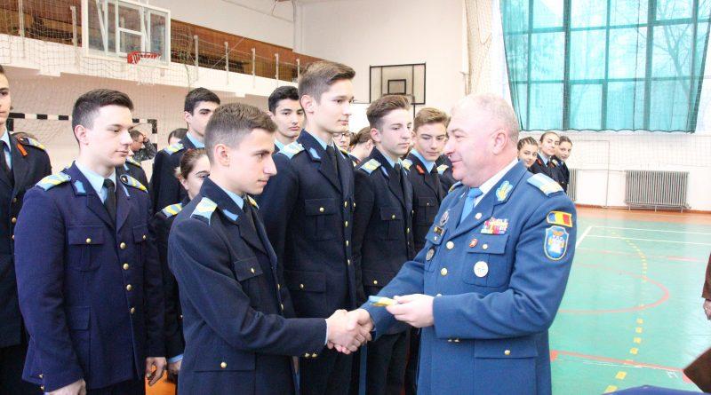 avansare grad elevi militari
